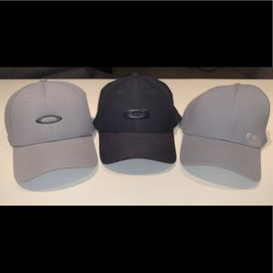 3 Oakley Fitted Hats L/XL